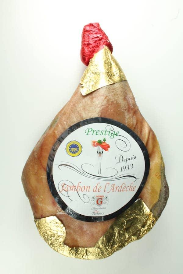 Jambon sec supérieur 9 à 12 mois avec os - IGP Ardèche